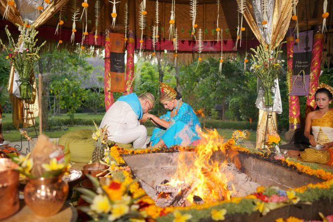 Margarita and Aleksei Wedding Blessing Ceremony by Fivelements Bali Retreat - 003