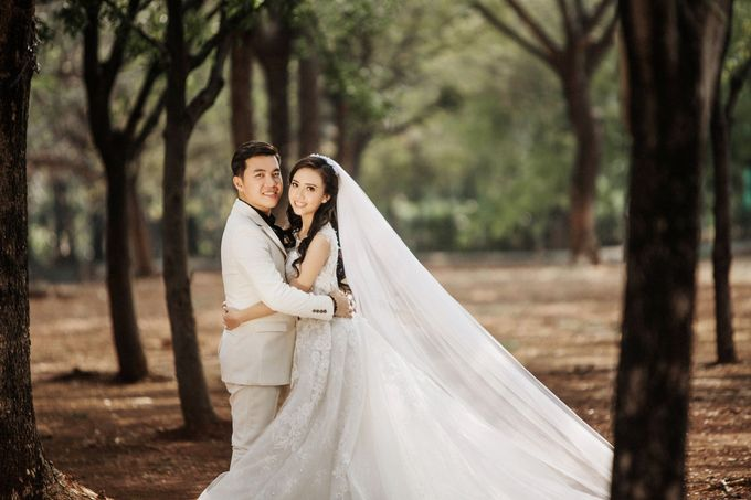 Prewedding of  Sugi & Rista by Ricky-L Photo & Bridal  - 004