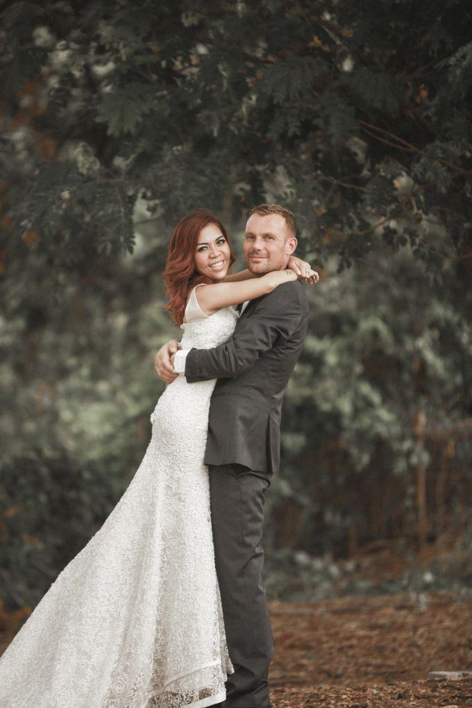 Prewedding of Rogier & Rima by Ricky-L Photo & Bridal  - 002