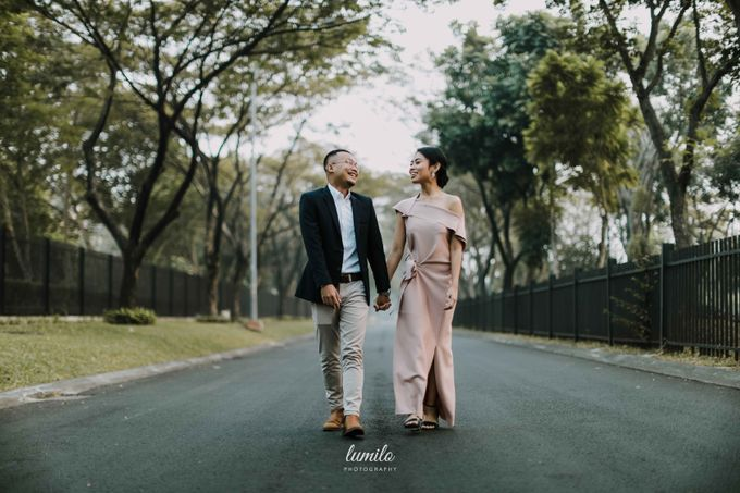 Devi & Shabrina Prewedding at Kebayoran by Lumilo Photography - 001