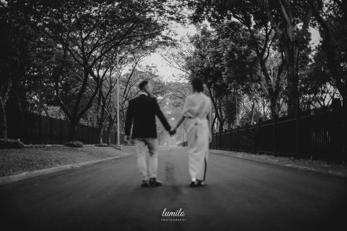 Devi & Shabrina Prewedding at Kebayoran by Lumilo Photography - 003