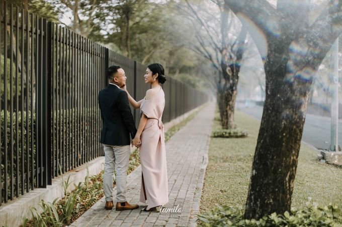 Devi & Shabrina Prewedding at Kebayoran by Lumilo Photography - 006