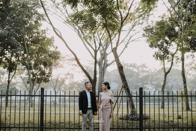 Devi & Shabrina Prewedding at Kebayoran by Lumilo Photography - 010
