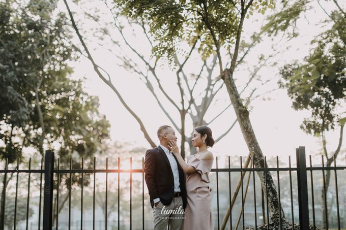 Devi & Shabrina Prewedding at Kebayoran by Lumilo Photography - 011