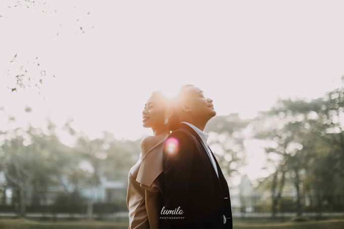 Devi & Shabrina Prewedding at Kebayoran by Lumilo Photography - 018