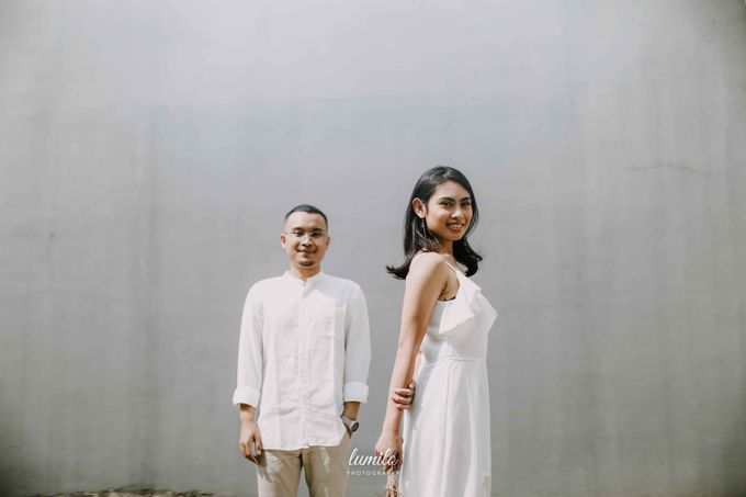 Devi & Shabrina Prewedding at Kebayoran by Lumilo Photography - 031