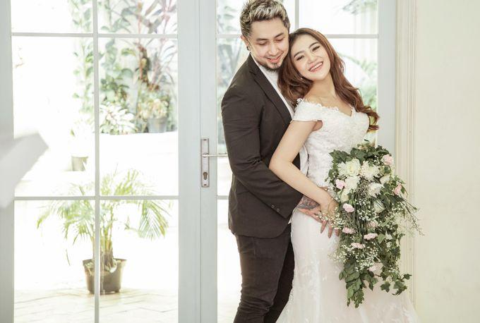 Prewedding of Vicky & Irindacil by Ricky-L Photo & Bridal  - 012