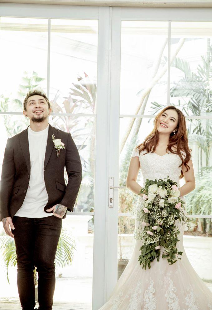 Prewedding of Vicky & Irindacil by Ricky-L Photo & Bridal  - 013