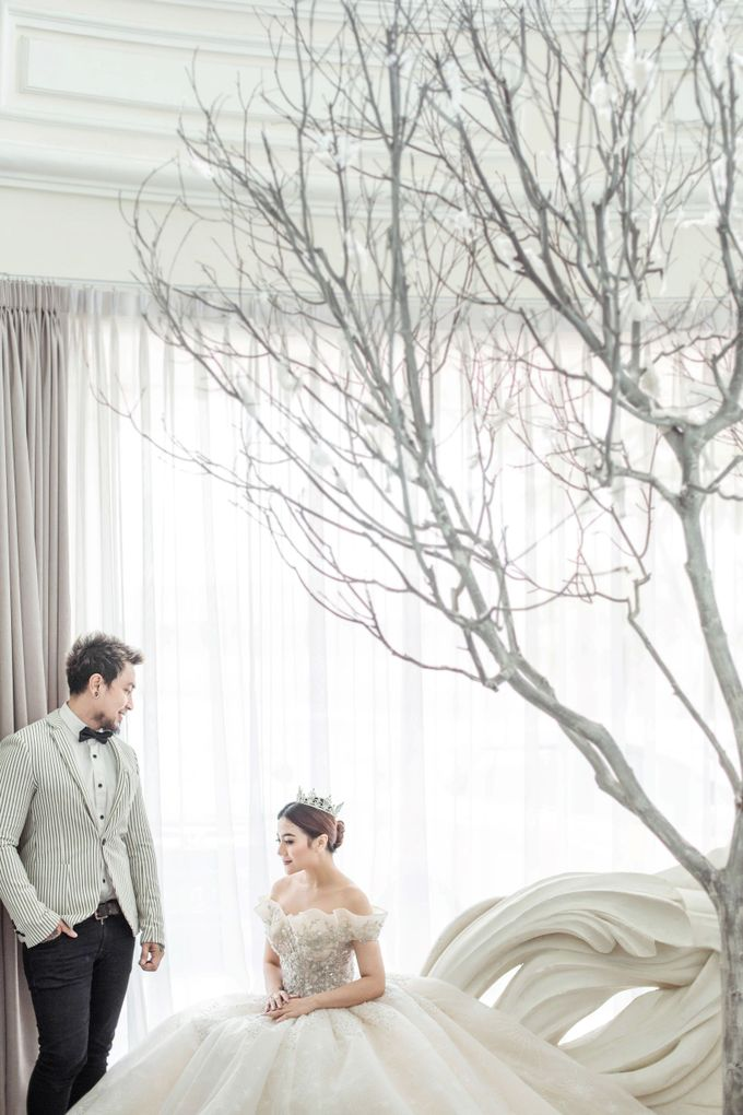Prewedding of Vicky & Irindacil by Ricky-L Photo & Bridal  - 001