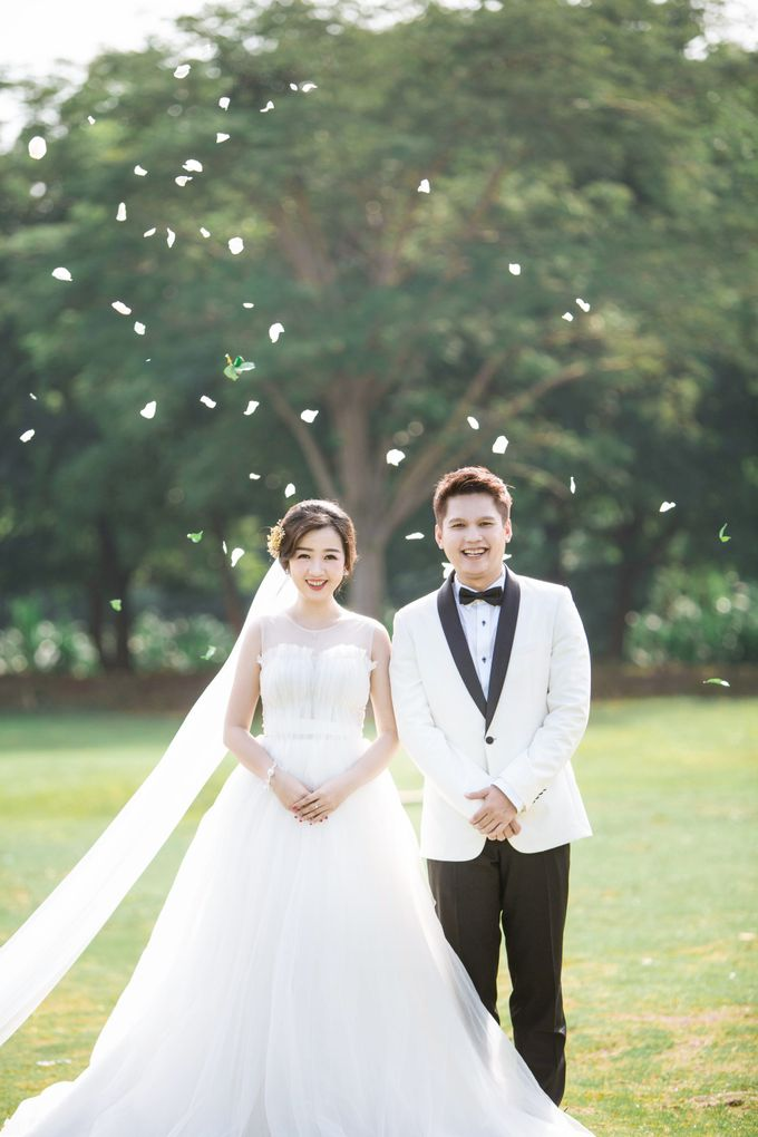 Prewedding of Whesdhy & Lili by Ricky-L Photo & Bridal  - 003