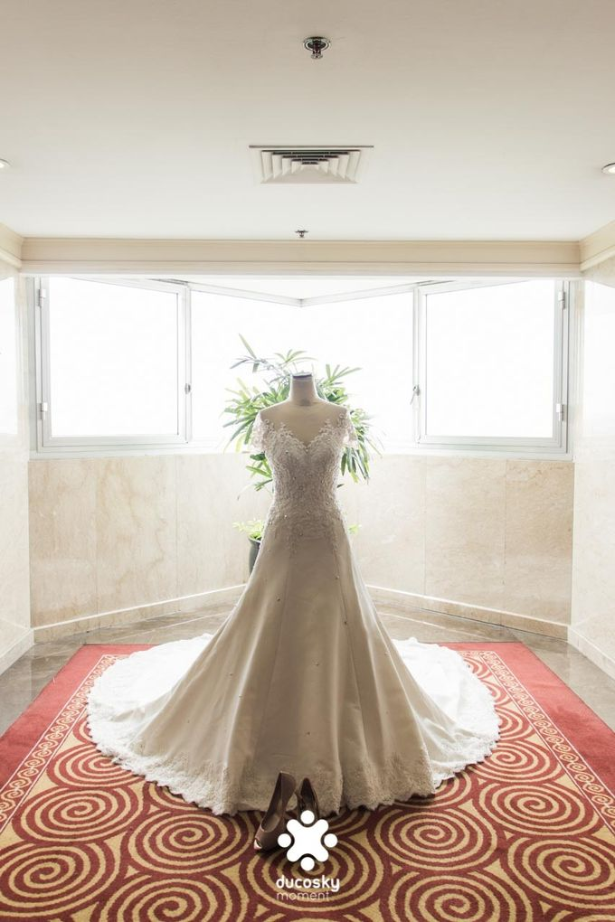Indra Astrell Wedding | The Morning by Tracy Bridal House - 001