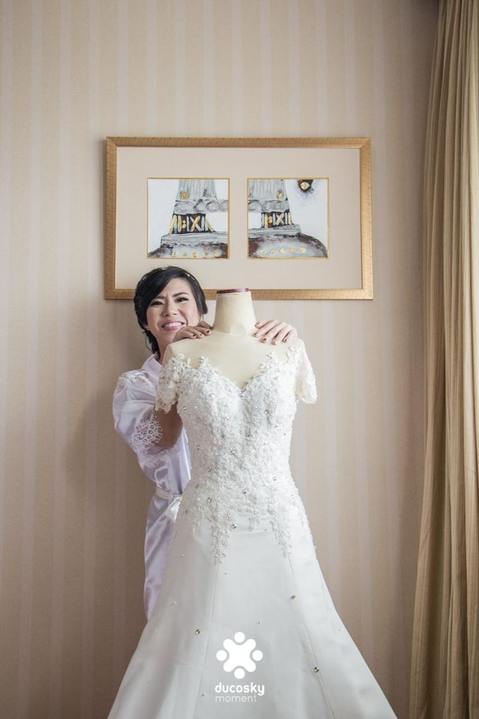 Indra Astrell Wedding | The Morning by Tracy Bridal House - 005