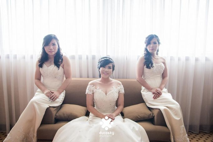 Indra Astrell Wedding | The Morning by Tracy Bridal House - 012
