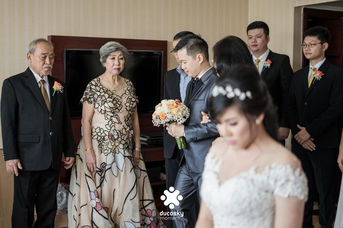 Indra Astrell Wedding | The Morning by Tracy Bridal House - 016