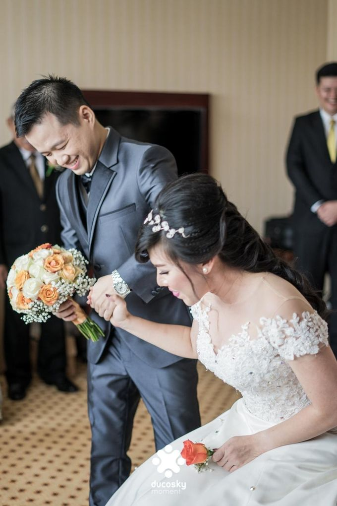 Indra Astrell Wedding | The Morning by Tracy Bridal House - 020