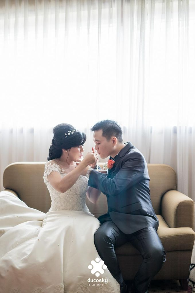 Indra Astrell Wedding | The Morning by Tracy Bridal House - 029