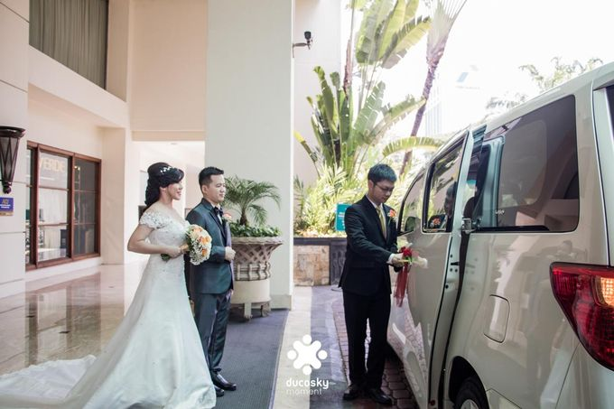 Indra Astrell Wedding | The Morning by Tracy Bridal House - 034