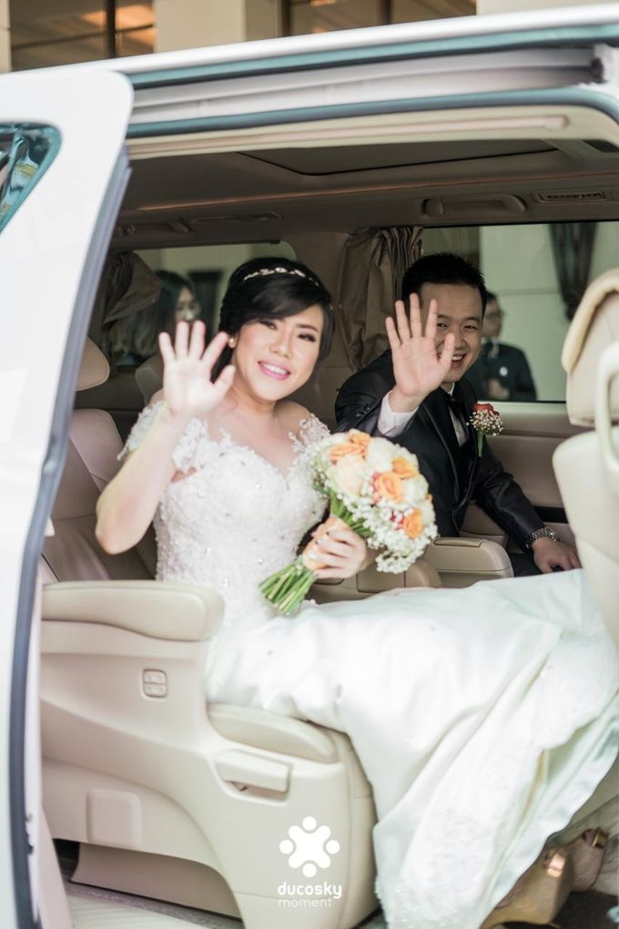 Indra Astrell Wedding | The Morning by Tracy Bridal House - 035