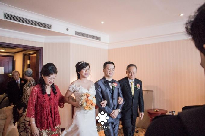 Indra Astrell Wedding | The Morning by Tracy Bridal House - 041