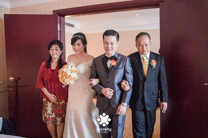 Indra Astrell Wedding | The Morning by Tracy Bridal House - 042
