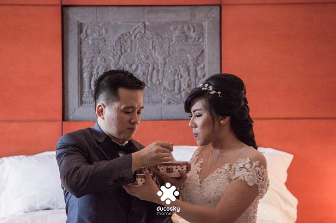 Indra Astrell Wedding | The Morning by Tracy Bridal House - 045