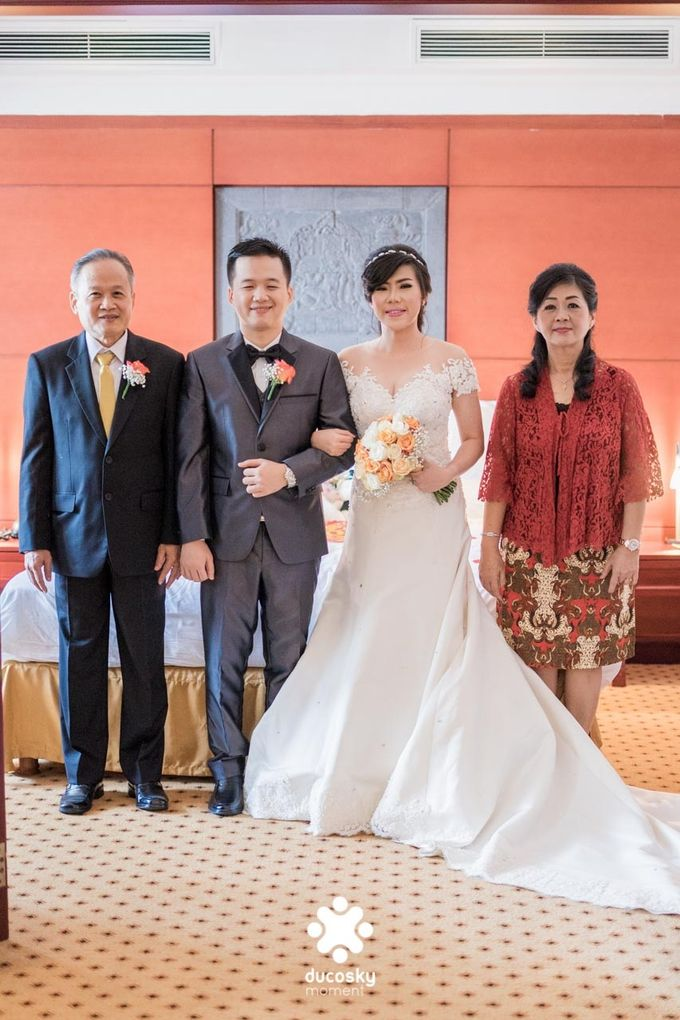 Indra Astrell Wedding | The Morning by Tracy Bridal House - 047