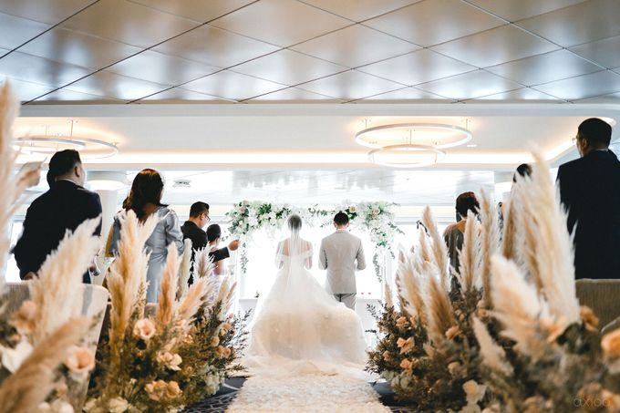A Purposeful Night -  The Wedding of Indra and Yuanita by Ivan by Axioo - 030