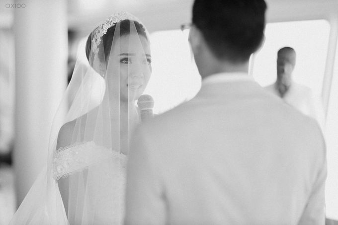 A Purposeful Night -  The Wedding of Indra and Yuanita by Ivan by Axioo - 032