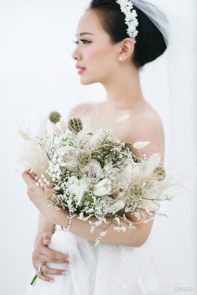 A Purposeful Night -  The Wedding of Indra and Yuanita by Ivan by Axioo - 040
