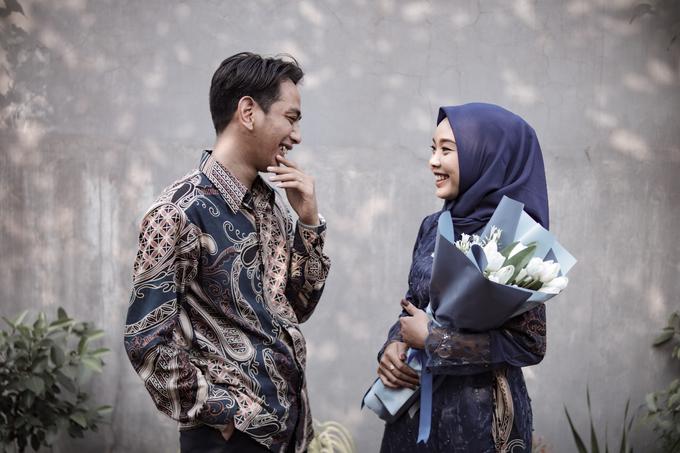 The Engagement of Hendy & Tya by Inikreasiku - 001