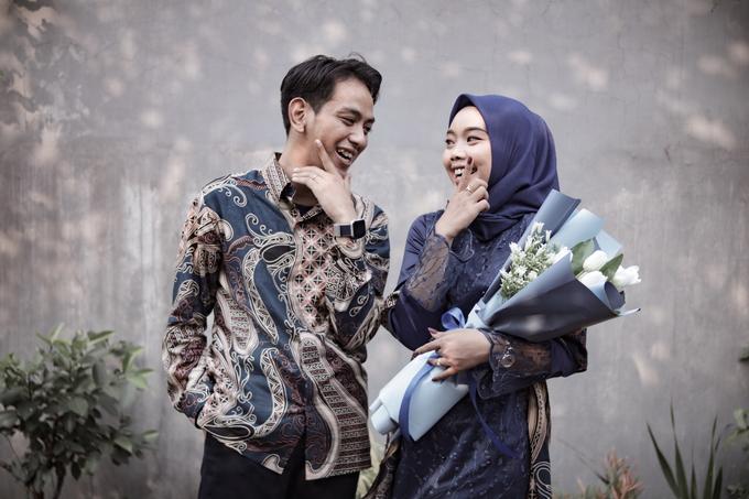 The Engagement of Hendy & Tya by Inikreasiku - 004