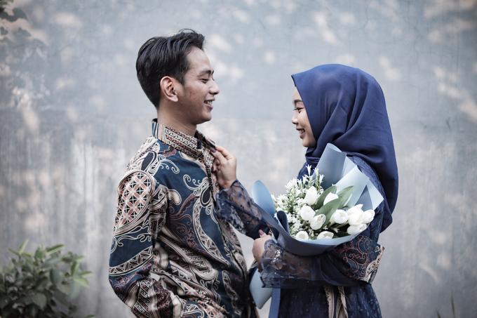 The Engagement of Hendy & Tya by Inikreasiku - 003