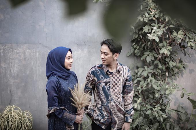 The Engagement of Hendy & Tya by Inikreasiku - 006