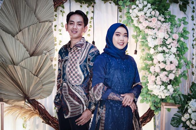 The Engagement of Hendy & Tya by Inikreasiku - 007