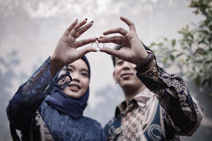 The Engagement of Hendy & Tya by Inikreasiku - 011