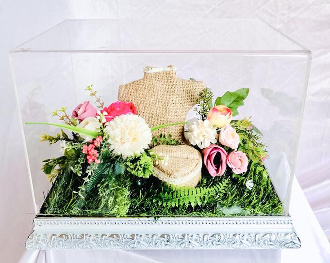 White silver tray for wedding IIn by Inikreasiku - 001