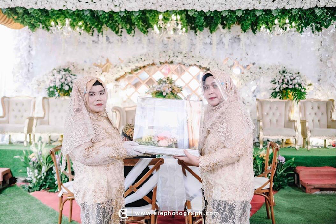 White silver tray for wedding IIn by Inikreasiku - 009
