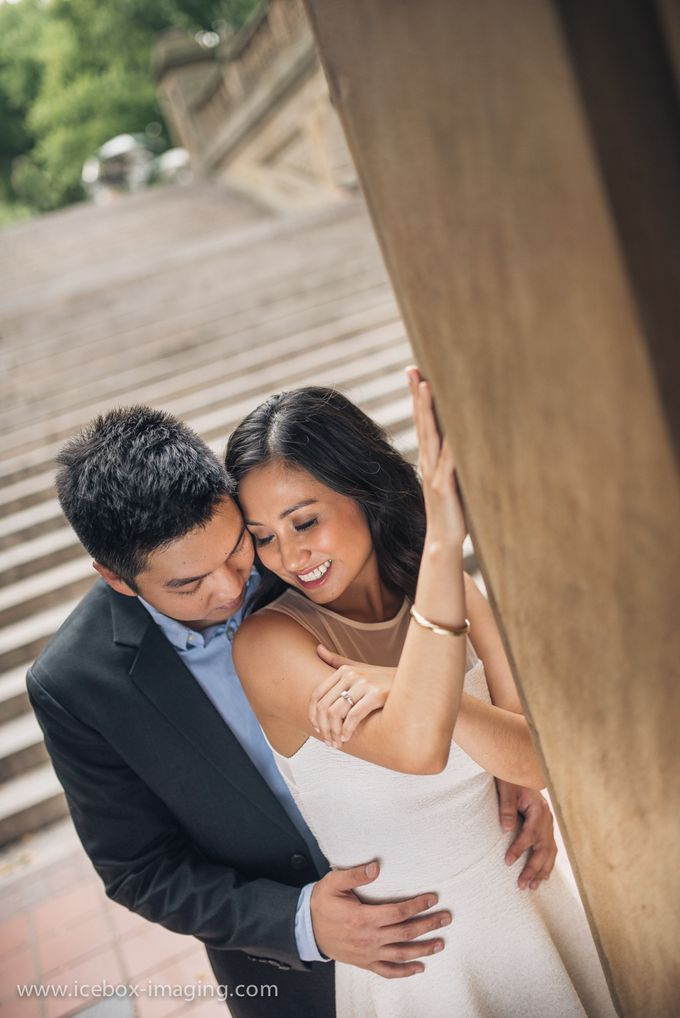 Ino and Con NYC Engagement by Icebox Imaging - 008