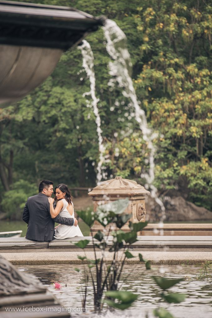 Ino and Con NYC Engagement by Icebox Imaging - 010