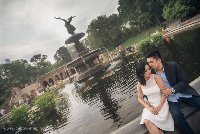 Ino and Con NYC Engagement by Icebox Imaging - 011