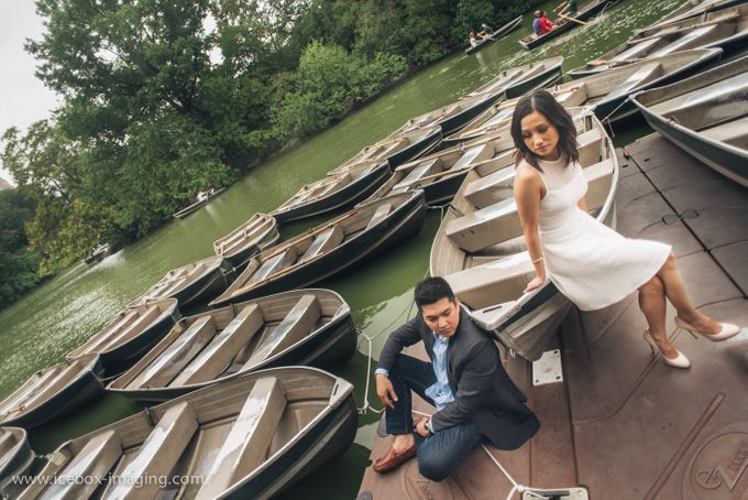Ino and Con NYC Engagement by Icebox Imaging - 014