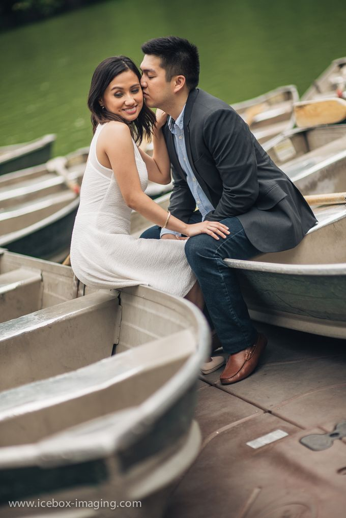 Ino and Con NYC Engagement by Icebox Imaging - 016