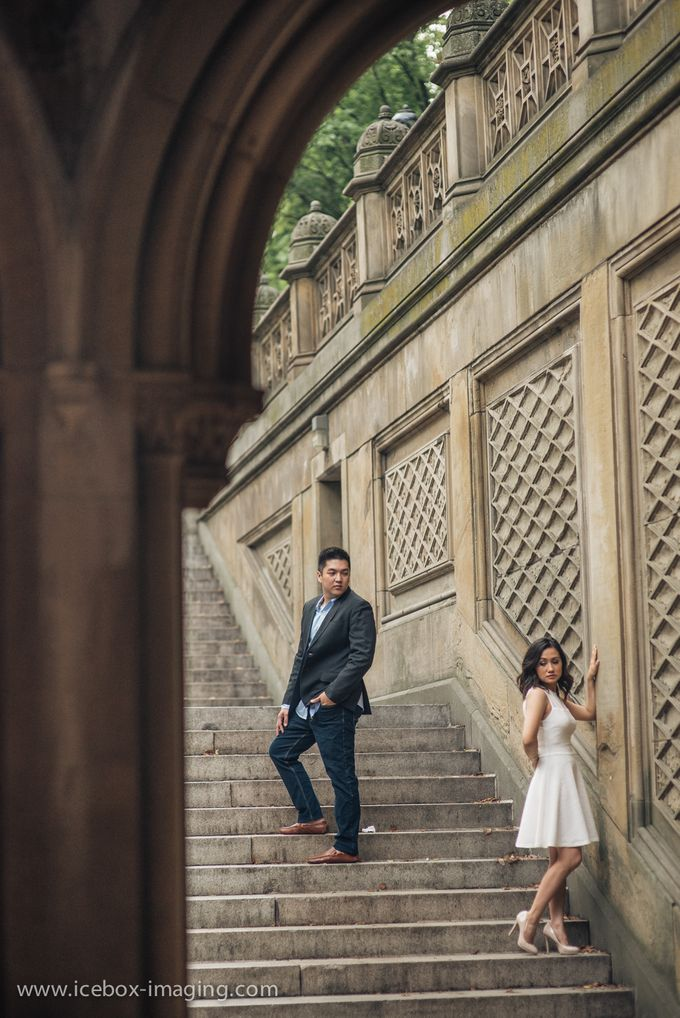 Ino and Con NYC Engagement by Icebox Imaging - 001