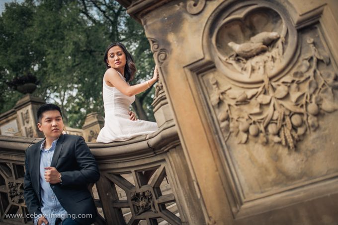 Ino and Con NYC Engagement by Icebox Imaging - 002