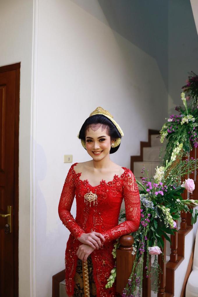 Midodareni attire by Ambar Paes Traditional Wedding Make Up - 004