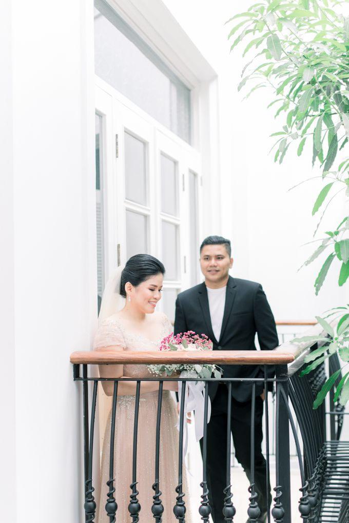 John & Merry Intimate Wedding Celebration by Iris Photography - 023