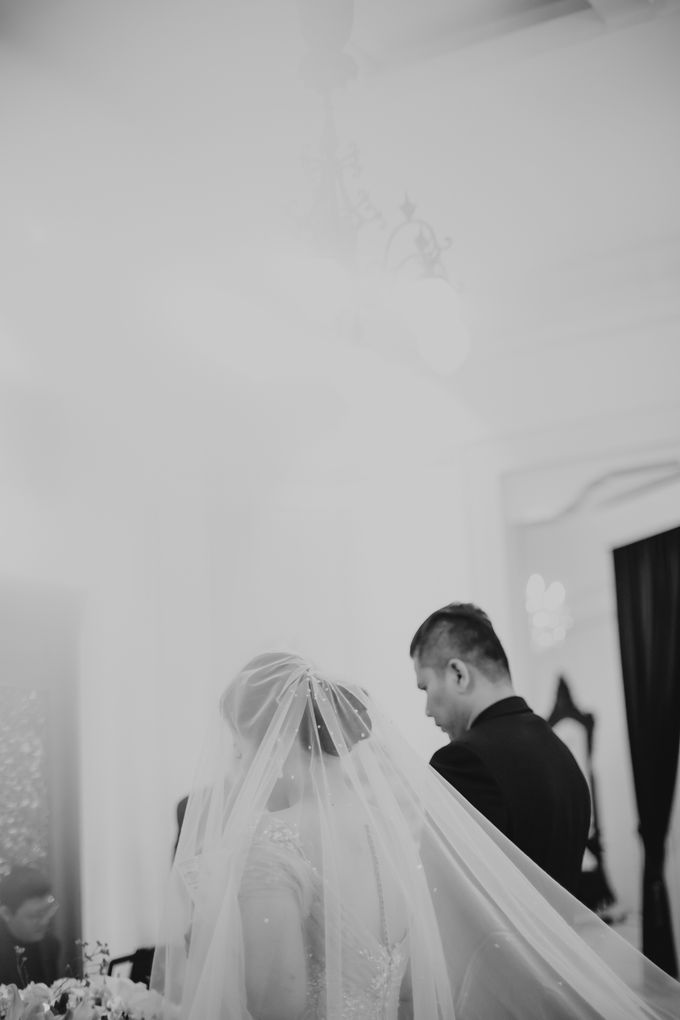 John & Merry Intimate Wedding Celebration by Iris Photography - 032