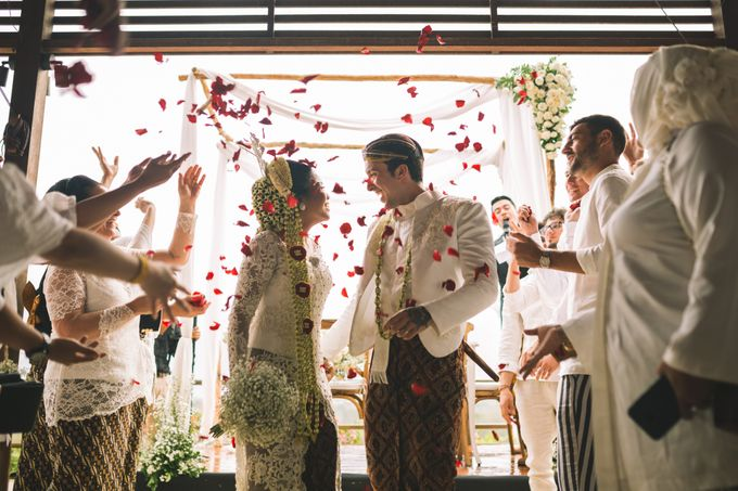 Javanese Traditional Wedding of Indonesian & Italian Nationalities in Bali by fire, wood & earth - 028