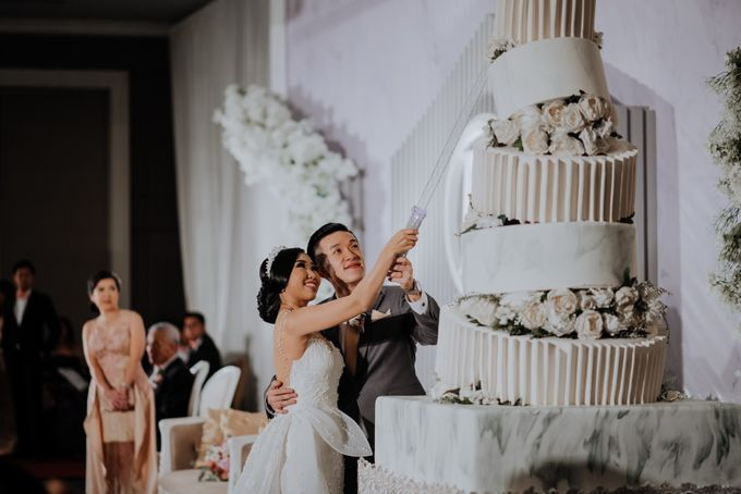 The Wedding of Irvin & Rikka by PlanMyDay Wedding Organizer - 004