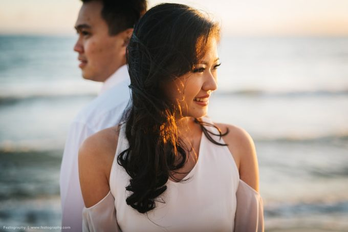 Isabella & Ricky Melbourne Prewedding by Elly Liana Makeup Artist - 016